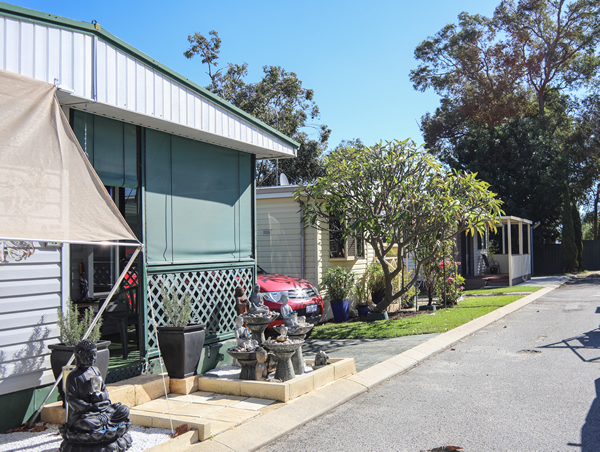 Wanneroo Park Home Caravan Village Is Located In The Northern Suburbs Of Perth Conveniently Close To Transport And Shopping